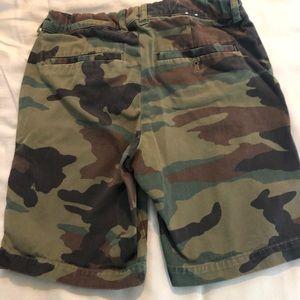 Boys J Crew camo button shorts